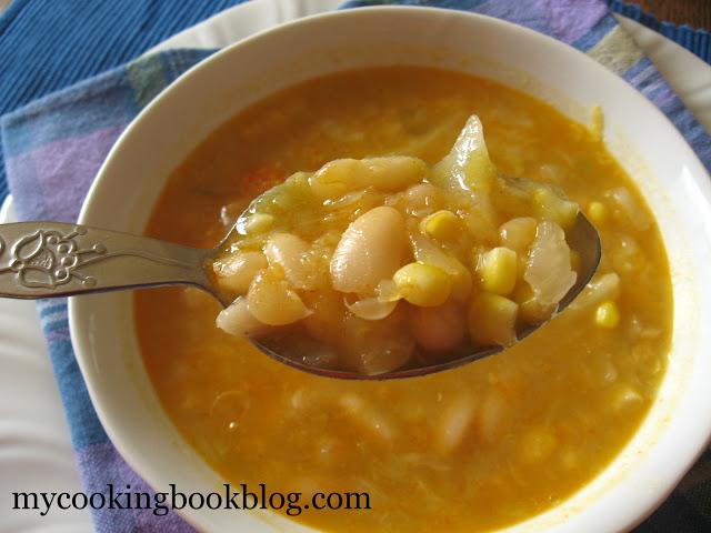 Пикантна супа със зеле, фасул и царевица от Трабзон