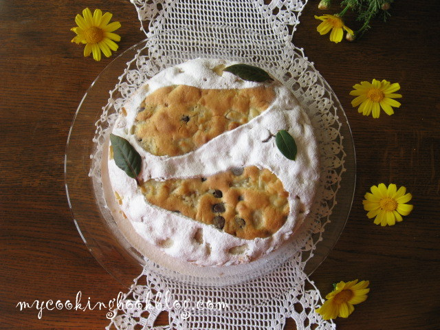 Сладкиш (кекс) с круши и шоколад