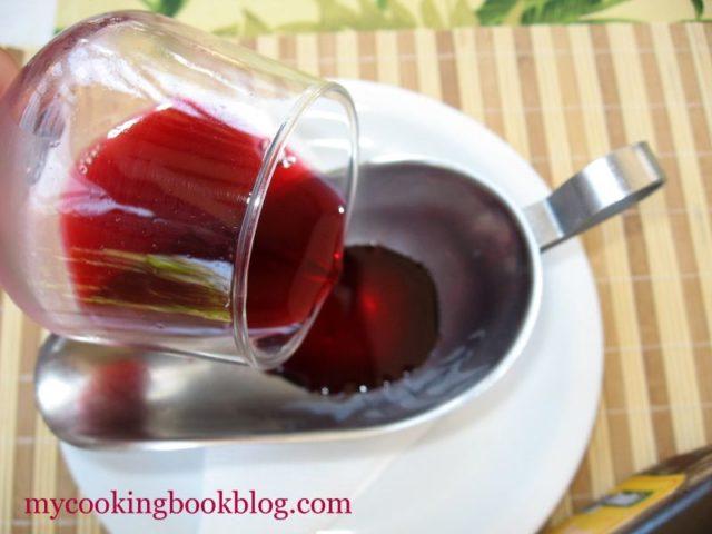 Оцет с аромат на червени плодове