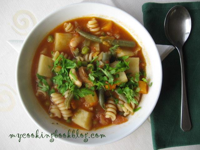 Минестроне Милански стил (minestrone milanese)