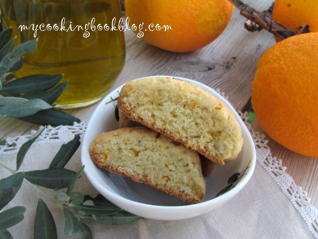 Паксимадя или хрупкави бисквити с портокал